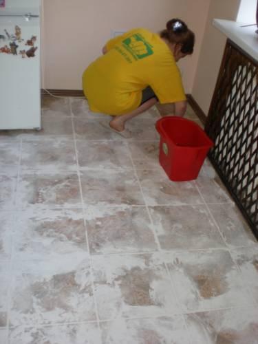 Заказать Уборка квартир и офисов, чистка ковров и мягкой мебели