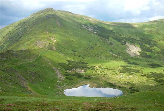 Заказать Поездка к озеру Неистовое (1750 м).