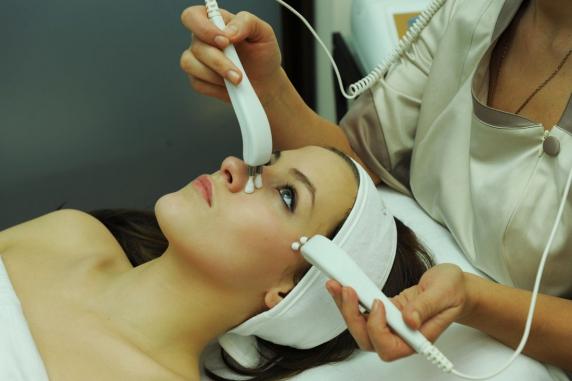 Заказать Микротоковая терапия.Микротоковая терапия для лица