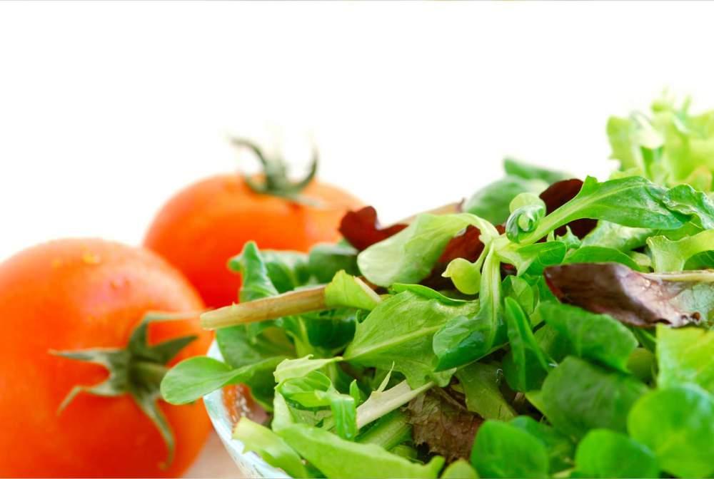 Заказать Салаты на заказ, салат в упаковке, салат Айсберг, салат Радичио, салат Ромен, салат Фризе, салат Премиум, салат Неаполитанский, салат Греческий