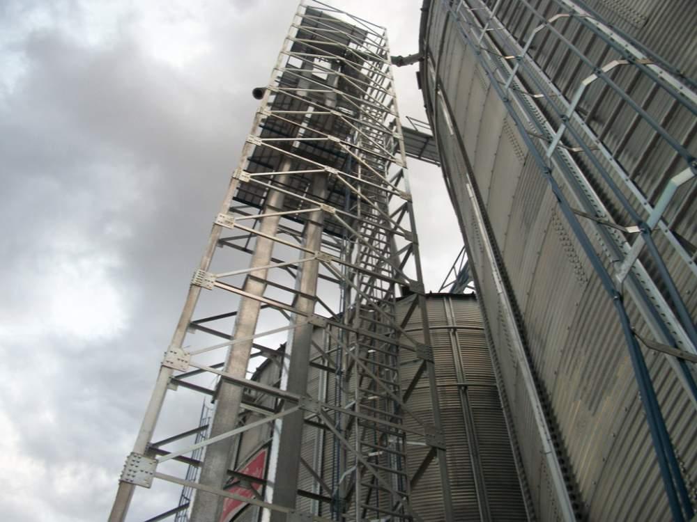 Repair of elevators