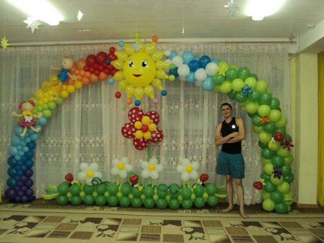 Заказать Украшение помещений надувными шарами
