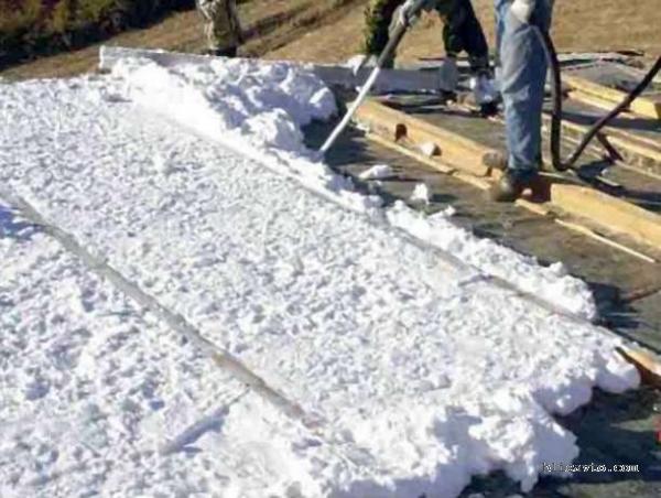 Заказать Утепление стен-крыш домов