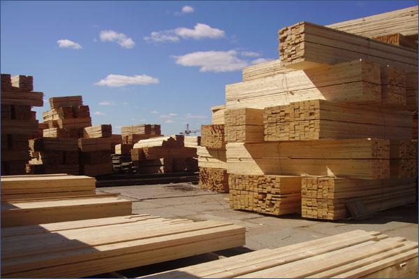 Услуги распиловки древесины в Днепропетровске