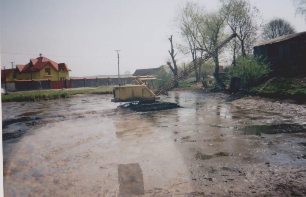 Заказать Послуги болотними екскаваторами, драглайн та бульдозер