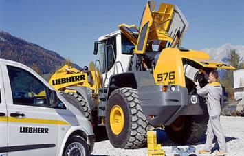 Order • Departure of service engineers to the place of operation of the Liebherr equipmen
