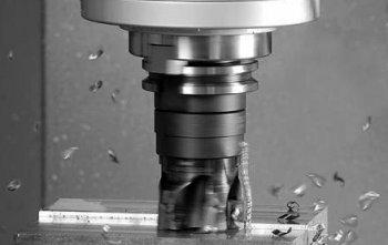 Заказать Фрезерные работы: от маленького высокоточного станка 6Б85ВФ1 до 6Р12