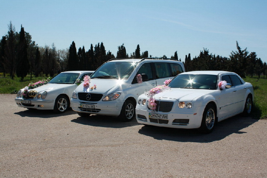 Заказать Свадебные автомобили Крым, Симферополь, Севастополь, Ялта, Евпатория, Феодосия