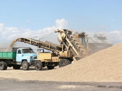 Заказать Приемка с автотранспорту зерновых культур