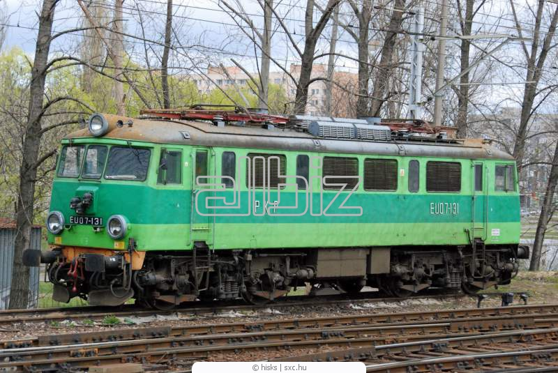 Заказать Маневровый тепловоз при отгрузке и приемки на железнодорожному транспорте