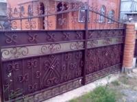 Заказать Изготовляем ворота,заборы,калитки,решетки,перила,лестницы,навесы,авто-навесы,козырьки,оградки,двери.