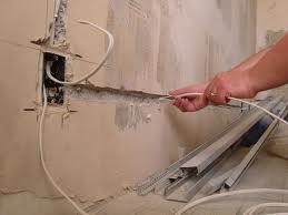 Заказать Полная и частичная замена старой электропроводки в квартирах, домах, офисах.