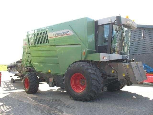 Заказать Услуги по уборке урожая комбайнами FENDT 8350
