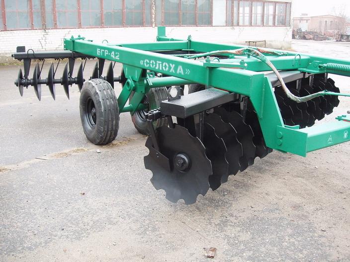 Заказать Дискование почвы и другие сельскохозяйственные услуги