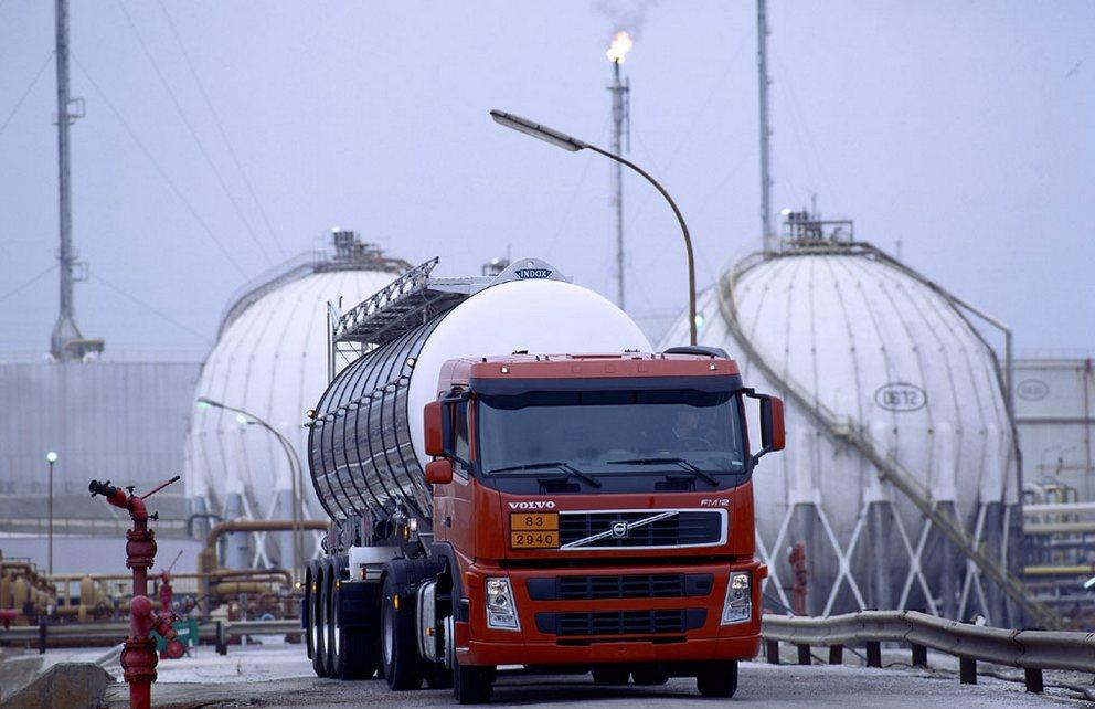 Заказать Перевозки опасных (ADR) грузов