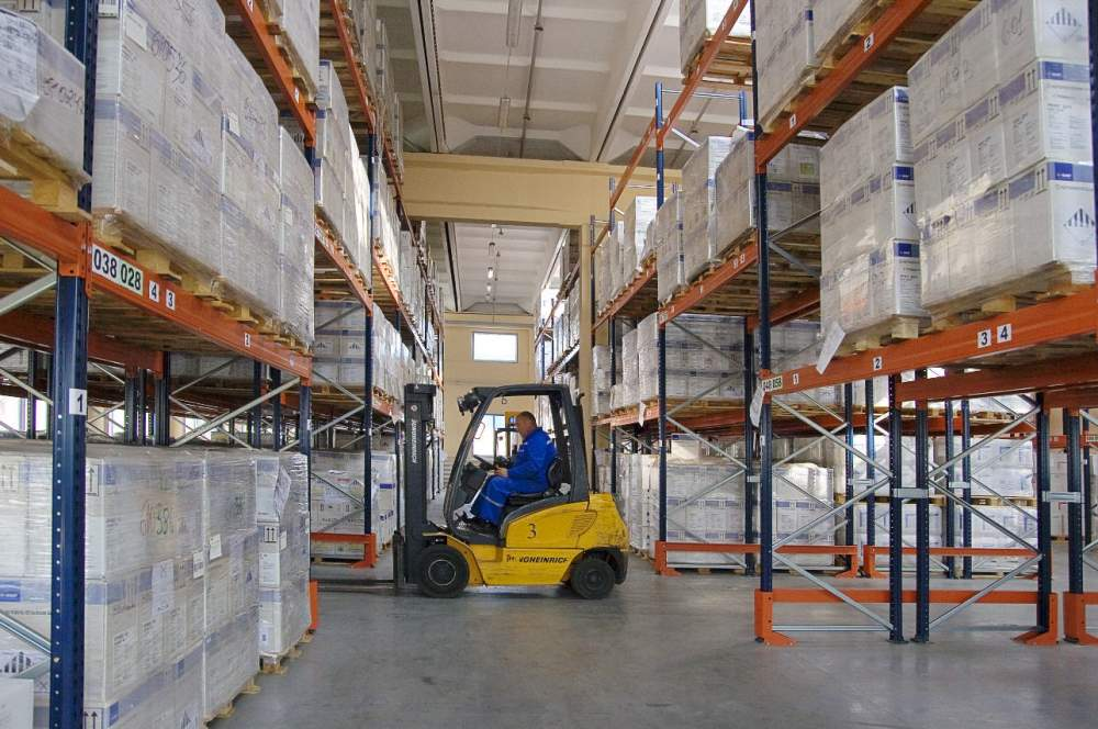 Order Warehouse services in storage of goods