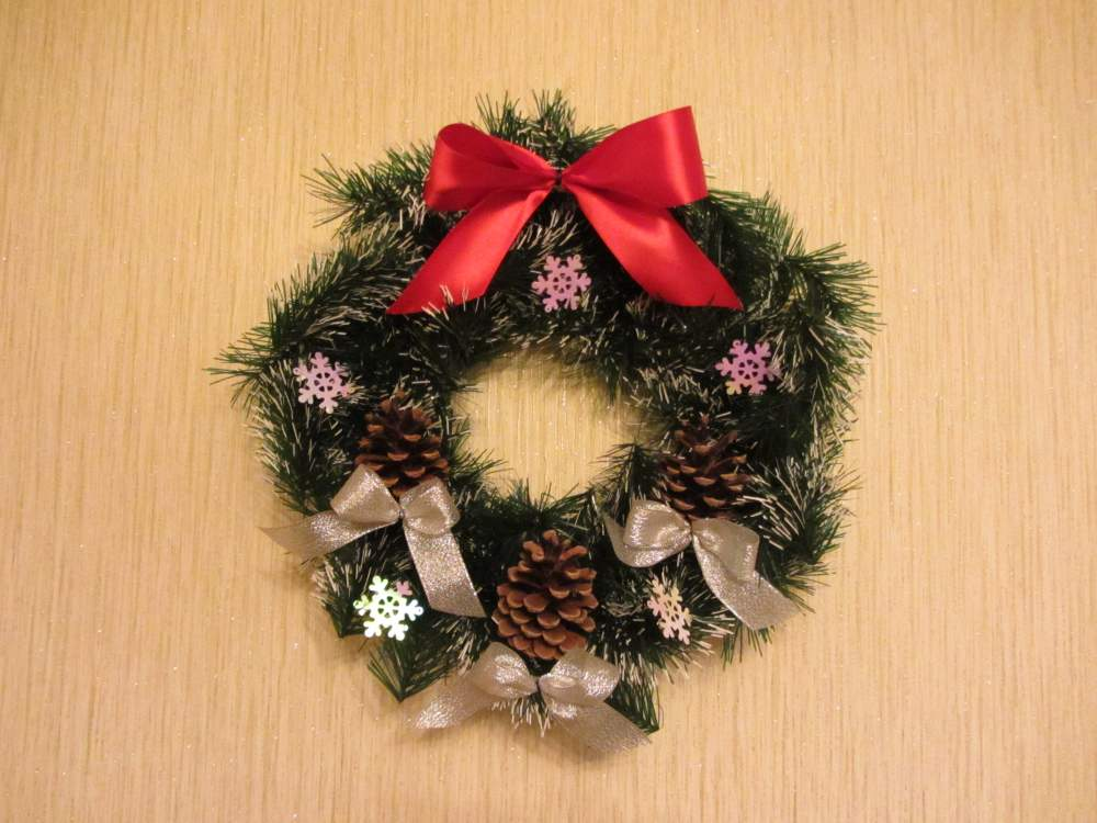 Заказать Изготовление фонов, каркасов для рождественских, новогодних венков
