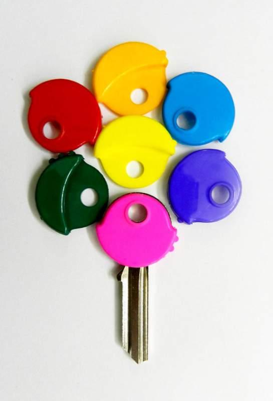 Заказать Изготовление ролокассетных ключей к внешним жалюзям.