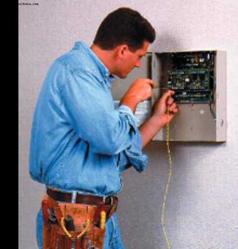 Заказать Электромонтажные и электроустановочные работы. Монтаж электропроводки. Перенос розеток