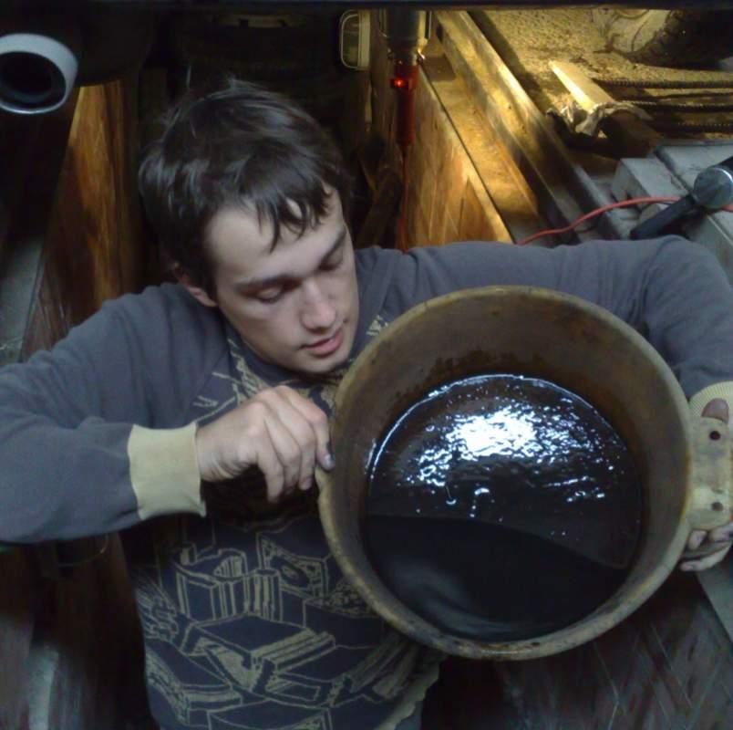 Заказать Закупаем отработанное масло