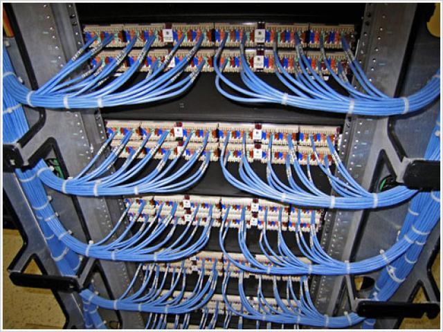 Заказать Монтаж структурированных кабельных сетей