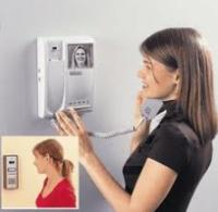 Заказать Установка частного видео-домофона в квартире.