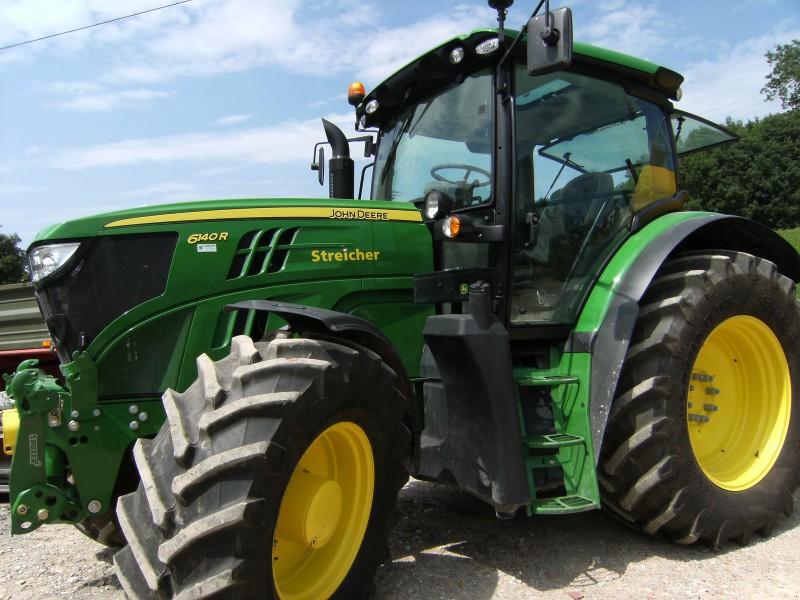 Реалізація оригінальних запасних частин до сільськогосподарської техніки.