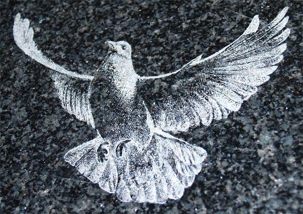Заказать Гравировка по камню. Художественная обработка изделий из камня
