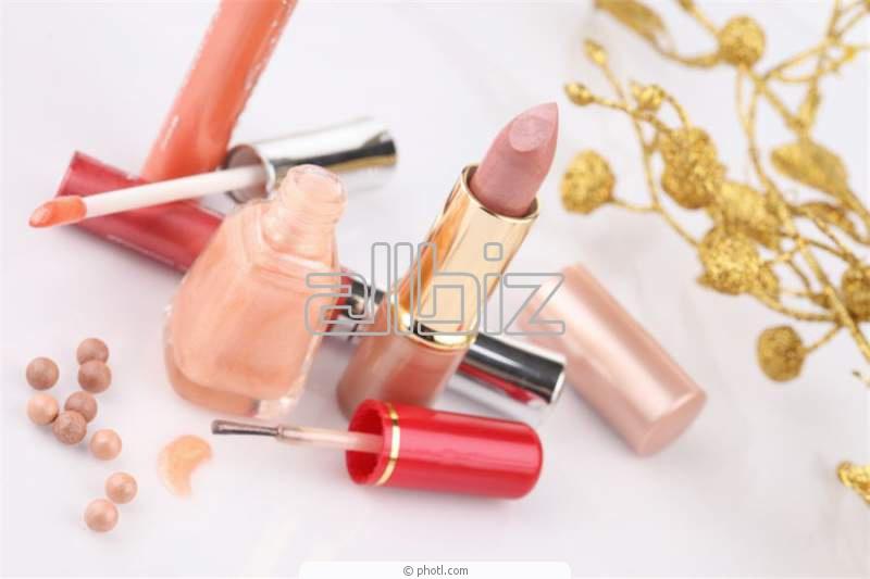 Заказать Услуги косметических салонов