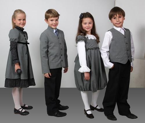 Заказать Массовый пошив детской одежды.
