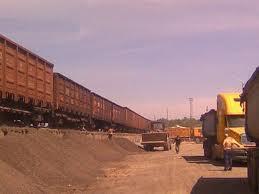 Заказать Перевалка (перегрузка)грузов, хранение на открытых площадках и в складских помещениях.