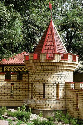 Заказать Устройство декоративных башен из металлочерепицы