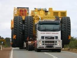 Serviços de transporte de carga pesadas