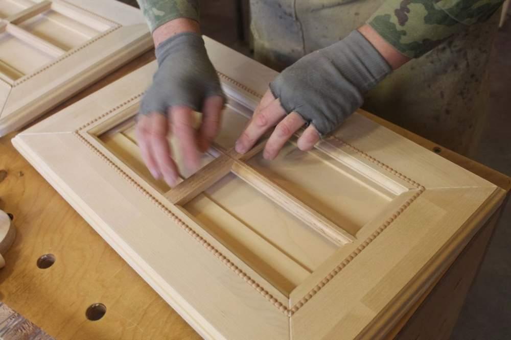 Заказать Изготовление мебели из дерева на заказ Киев