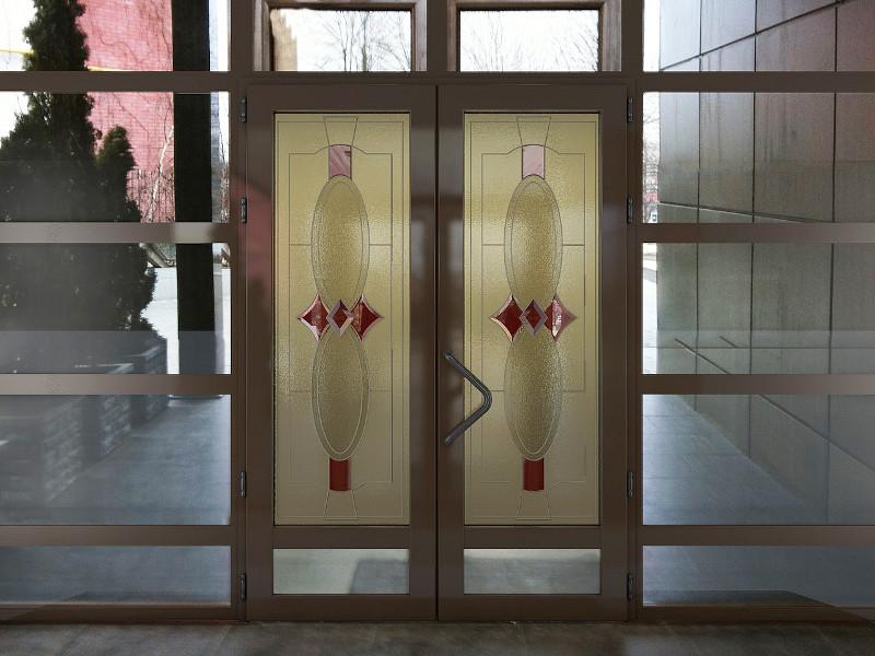Заказать Изготовление Металлопластиковых декоративных окон