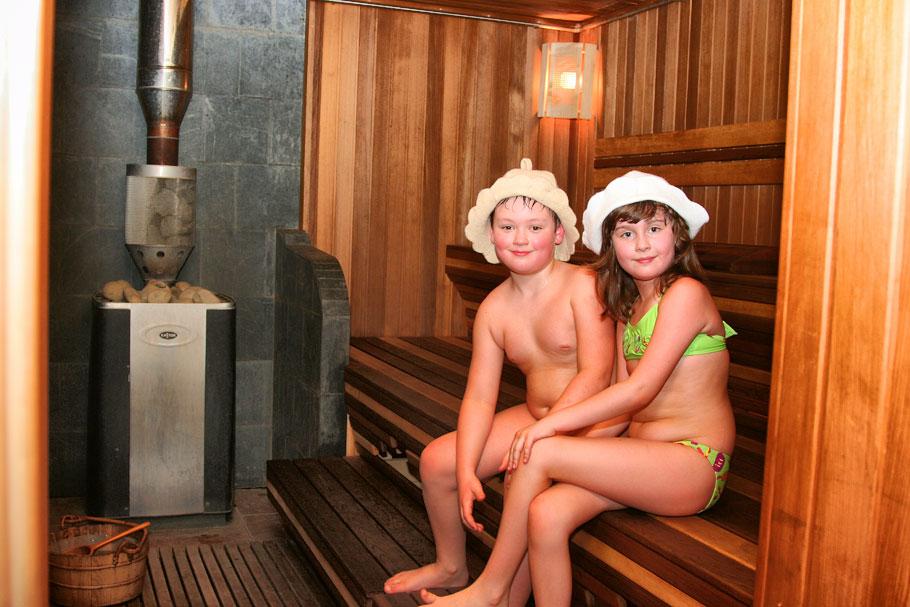 Заказать Баня на дровах с бассейном