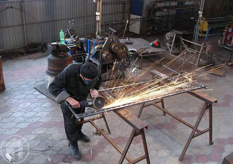 Заказать Изготовление дверей и ворот из металла