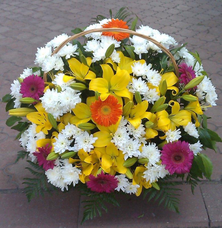 Заказать Изготовление корзин из живых цветов.