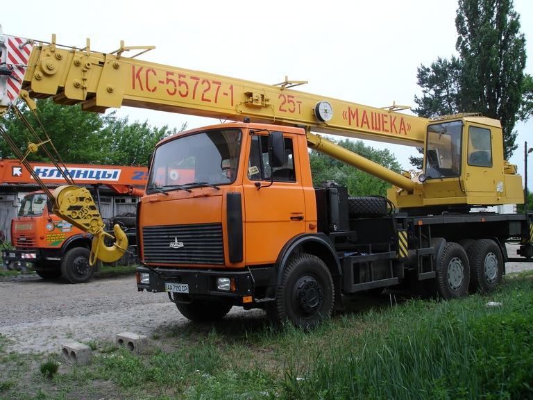 Заказать Аренда автокрана 25 тонн Машека