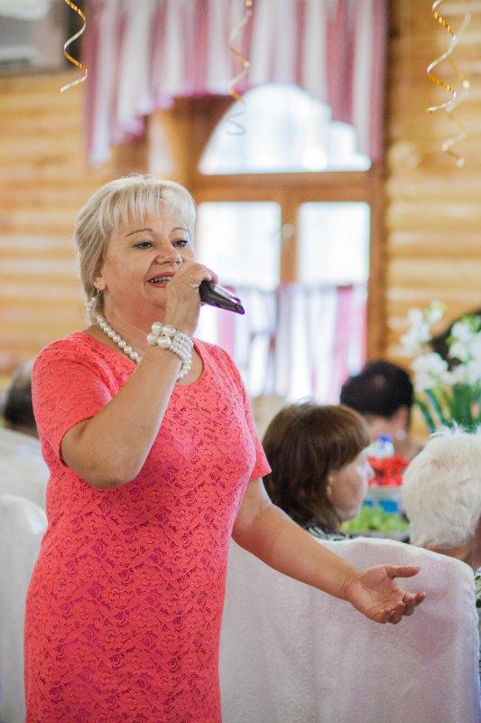 Заказать Ведущая (тамада) на свадьбу, юбилей+Dj