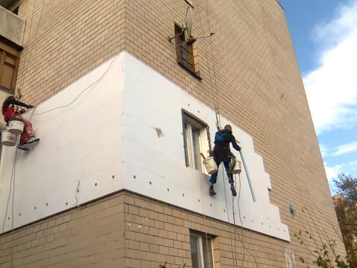 Утепление фасадов, облицовка фасадов высотных зданий
