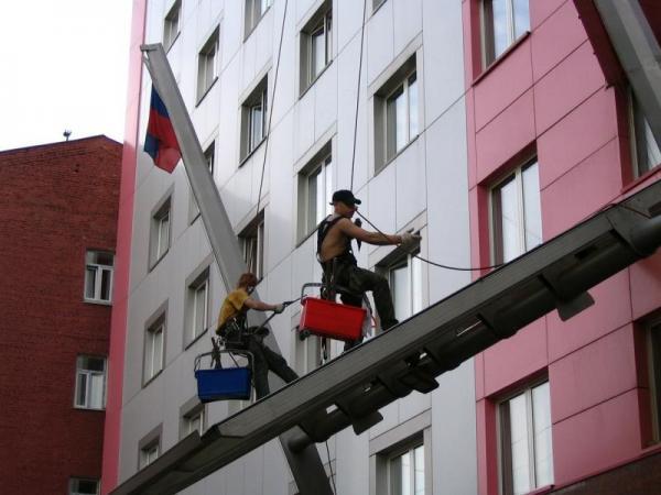 Остекление балконов, фасадов. Высотные работы