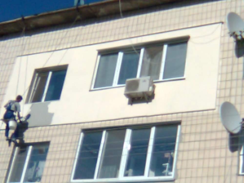Заказать Мокрые фасады, Утепление фасада на высоте