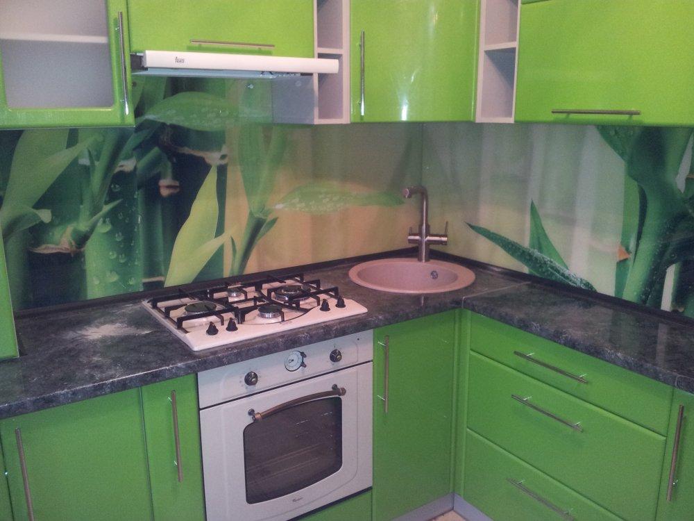 Заказать Скинали - кухонный фартук из стекла