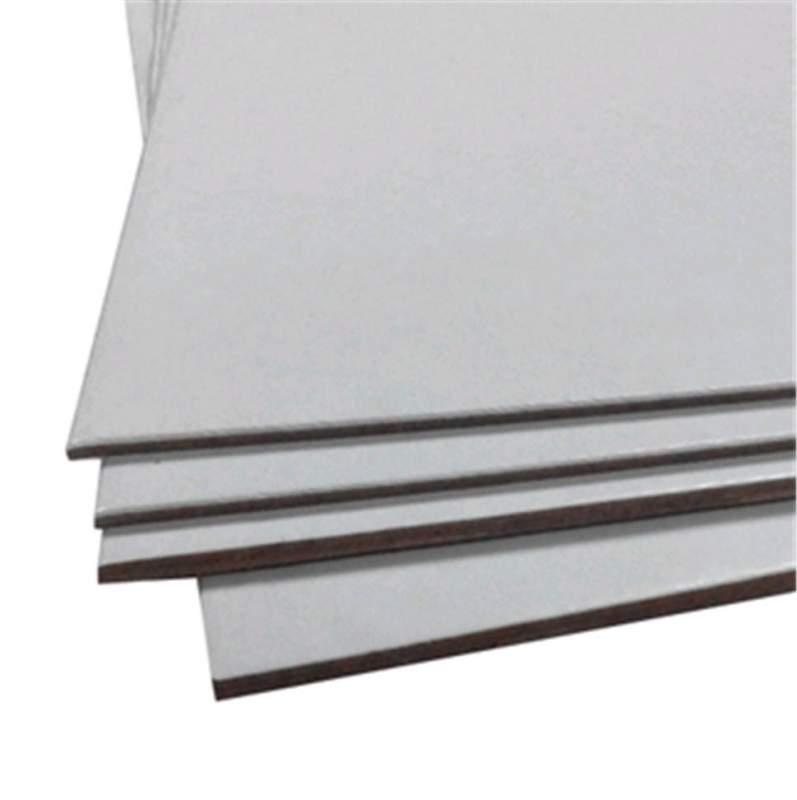 Картон переплетный БЕЛЫЙ толщ. от 1 до 3 мм форматом 930*1050 мм, и другие формати под заказ.Строк изготовления 3-4 дня