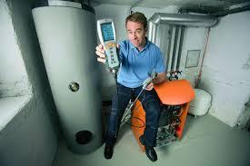 Проверка контролирующего оборудования (коректоров, вычислителей, датчиков давления и температуры, манометров, термометров, напоромеров)