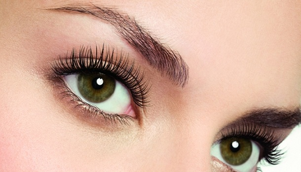 Coloring of eyelashes