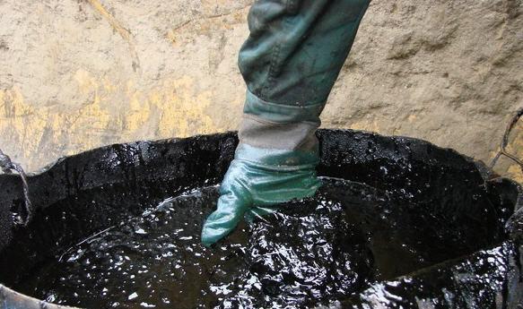 Заказать Вывоз и утилизация нефтепродуктов и нефтешлама