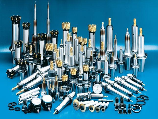Заказать Металлоизделия по чертежам заказчика с помощью лазера, механической обработки и резки на гидроабразивных станках и ленточной пилой