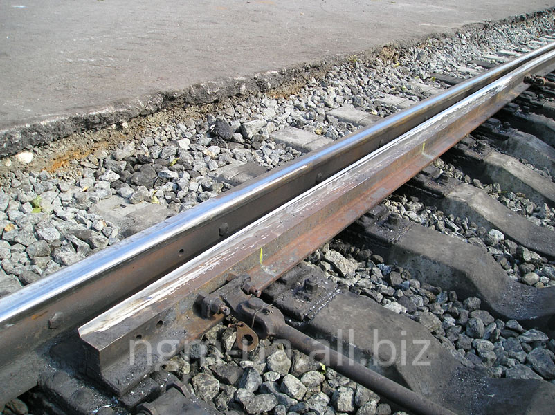 Naplavka of railway crosspieces, funnymen and various sites of railway rails